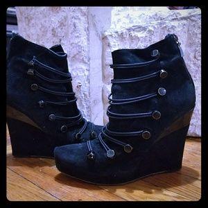 Black booties! Super cute.